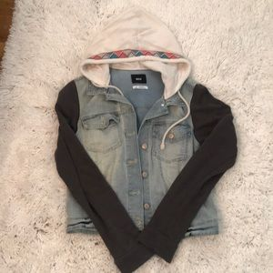 Urban Outfitters Jackets & Coats - Jean jacket